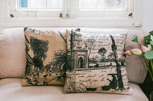 FAQ cushion on lounge edit