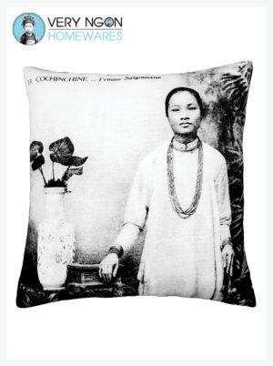 ushion Cover - Standard - Femme Saigonnaise