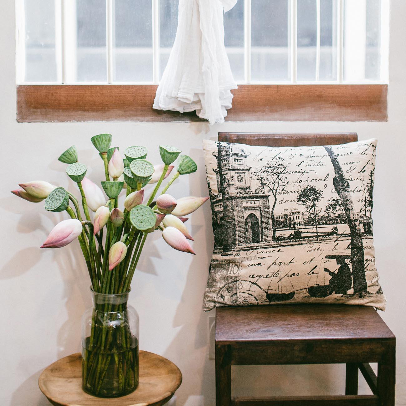 IndochIndochine B&W Tea Toweline B&W Standard Cushion Cover