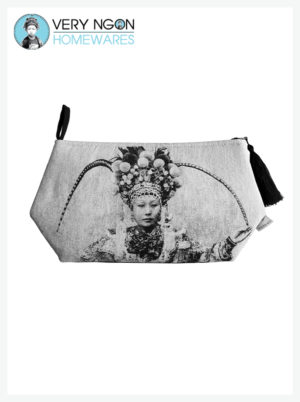 Travel Pouch - Small - Une Actrice Chinoise